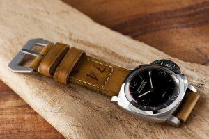 Cara Mengganti Tali Jam Tangan Kulit dari Gunny Straps