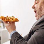 Hindari Kebiasaan Berikut Agar Kolesterol Tidak Melonjak Drastis